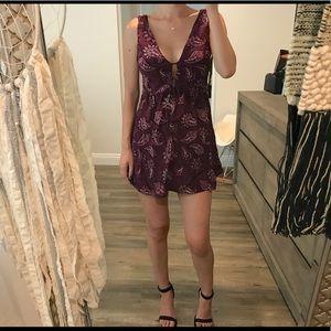 Forever 21 burgundy Paisley mini short dress s